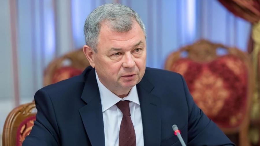 Сенаторы переназначили Артамонова главой бюджетного комитета Совфеда
