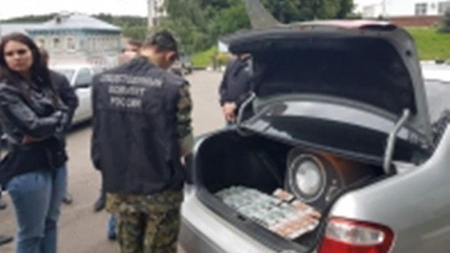 За незаконный оборот оружия двое бывших полицейских Боровского района получили реальные сроки наказания