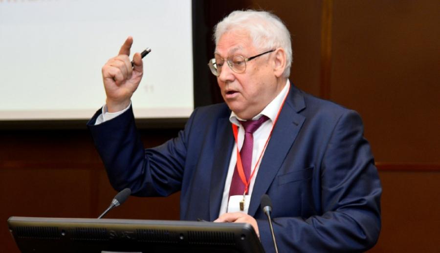 Генеральный директор Института проблем энергетики Булат Нигматулин прочитает лекцию в Обнинске
