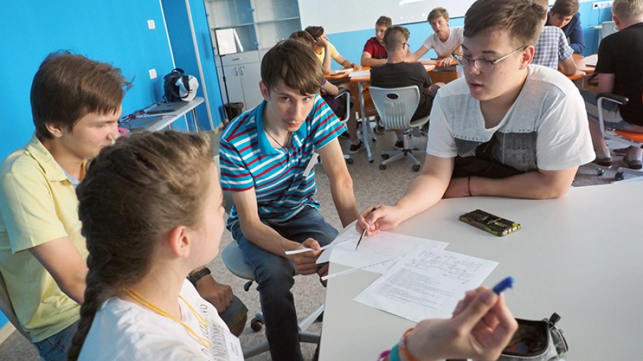 Обнинская гимназия и ФТШ стали опорными школами Российской академии наук