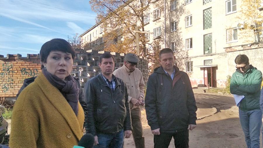 Стихийную свалку у обнинского общежития на ул. Ленина, 77 ликвидировали. Но через пару дней она появилась вновь