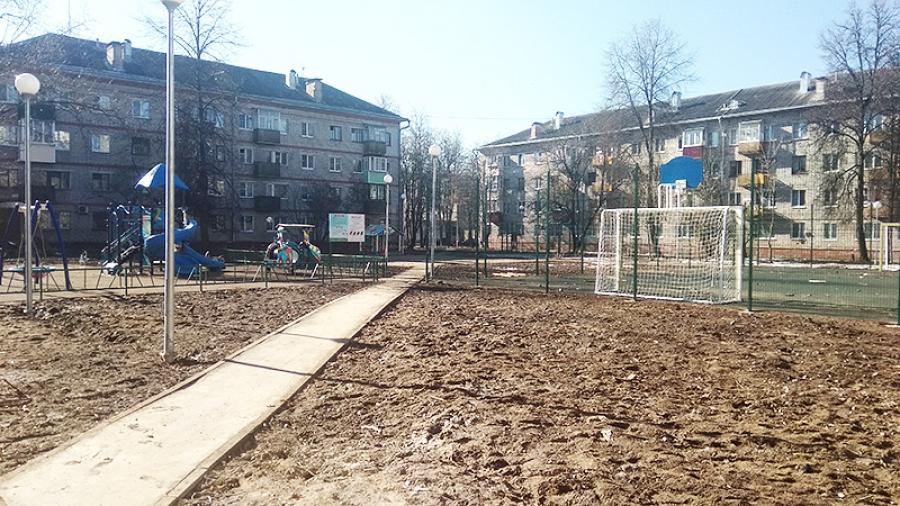 Обнинский двор на Победы, 5А доделают к середине лета