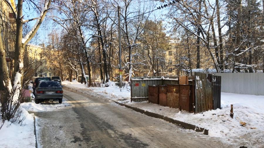 В Калужской области усилят борьбу с автомобилистами, мешающими вывозу мусора