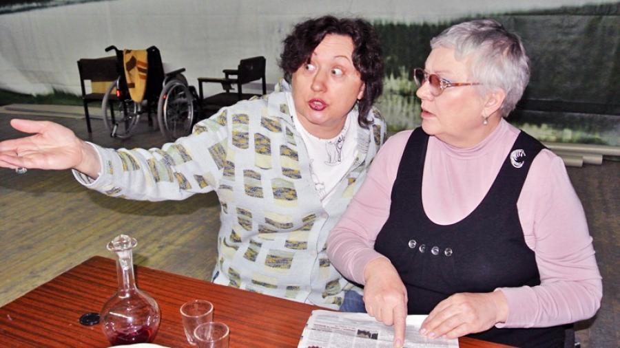 Алла Косинская приглашает! 23 марта в Обнинске на сцене ГДК — премьера комедии «Тетки»