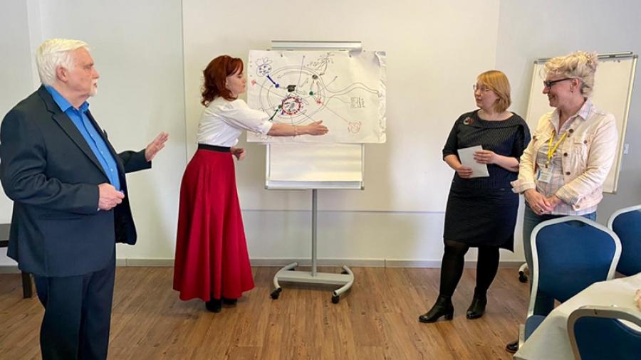 54 города, 200 учителей — на всероссийском форуме «Педагогическая инициатива» обсуждали, как вовлечь детей в исследования