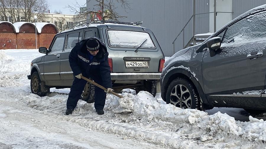 У обнинских коммунальщиков очередная спецоперация – они устраняютпоследствия снегопадов
