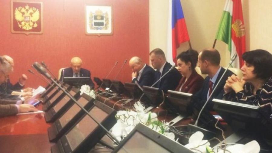 Члены региональной комиссии поддержали присвоение Анатолию Артамонову звания «Почетный гражданин Калужской области»