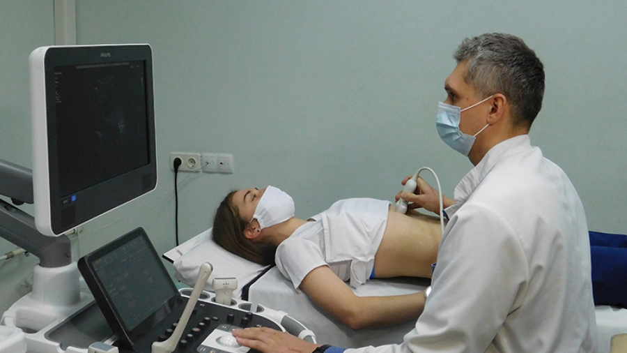 В МРНЦ установили аппараты УЗИ экспертного класса двух видов: стационарные и мобильные