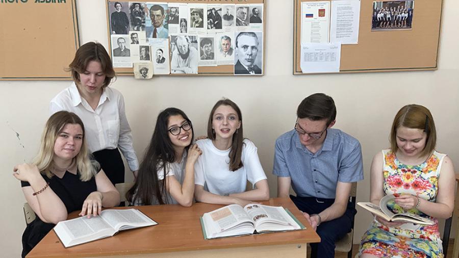 Практически каждый пятый стобалльник Калужской области – из обнинской гимназии!