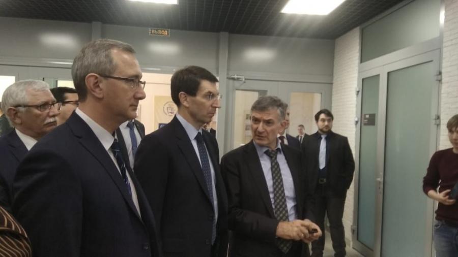 Михаил Стриханов провел для полпреда президента в ЦФО Игоря Щеголева презентацию Инновационно-технологического центра на базе обнинского ИАТЭ
