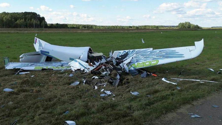 При крушении легкомоторного самолета недалеко от Кудиново погиб пилот