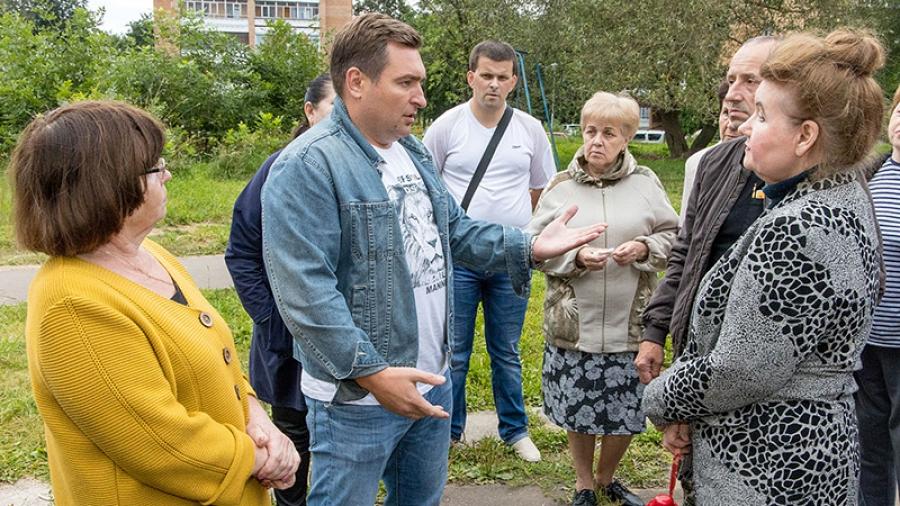 Жители обнинского двора на Маркса и Калужской выступили против своих УК