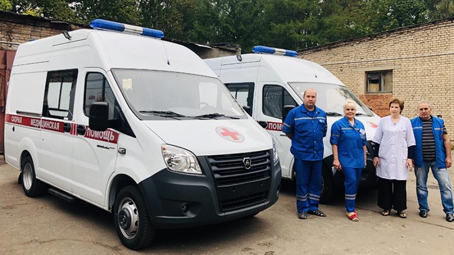 На открытии сосудистого центра в Обнинске глава региона Владислав Шапша передал КБ №8 две машины скорой помощи и автобус для перевозки больных на гемодиализ