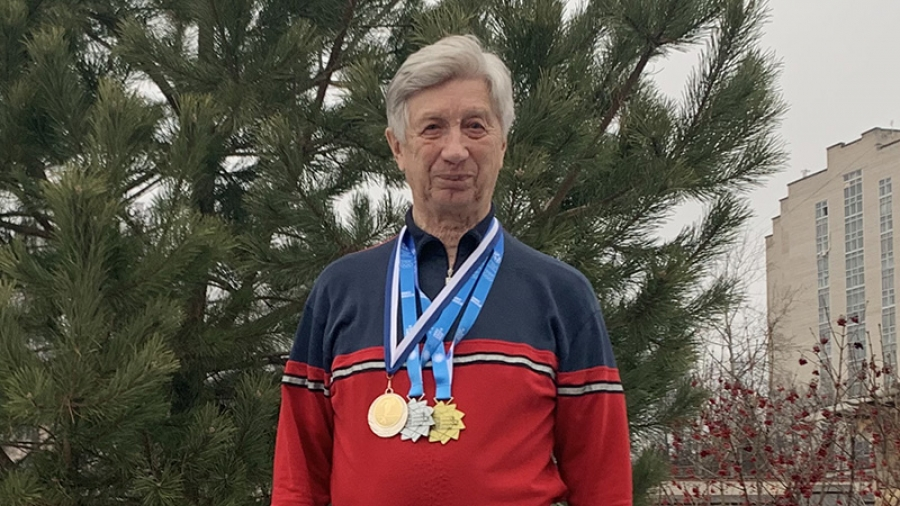 80-летний житель Обнинска взял «золото» и «серебро» на Олимпиаде ветеранов
