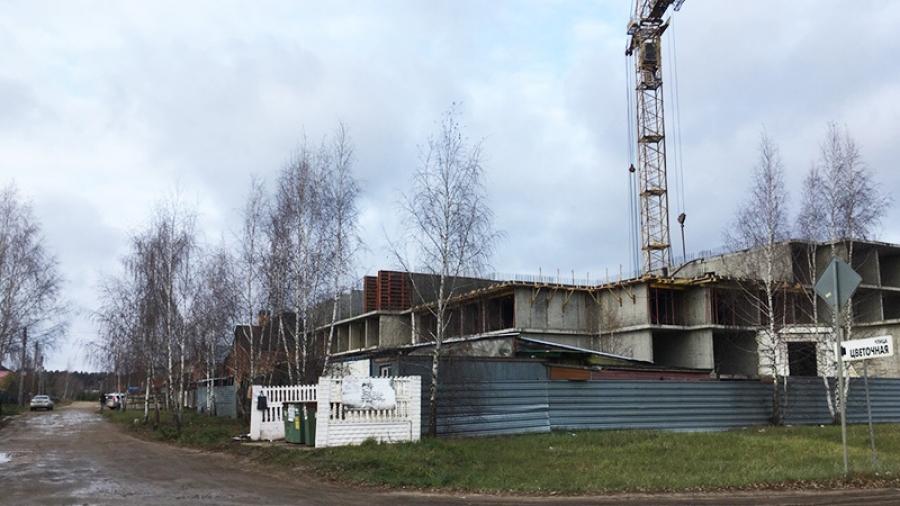 В Жукове возобновили строительство дома, которое начинала еще печально известная «Социальная инициатива»