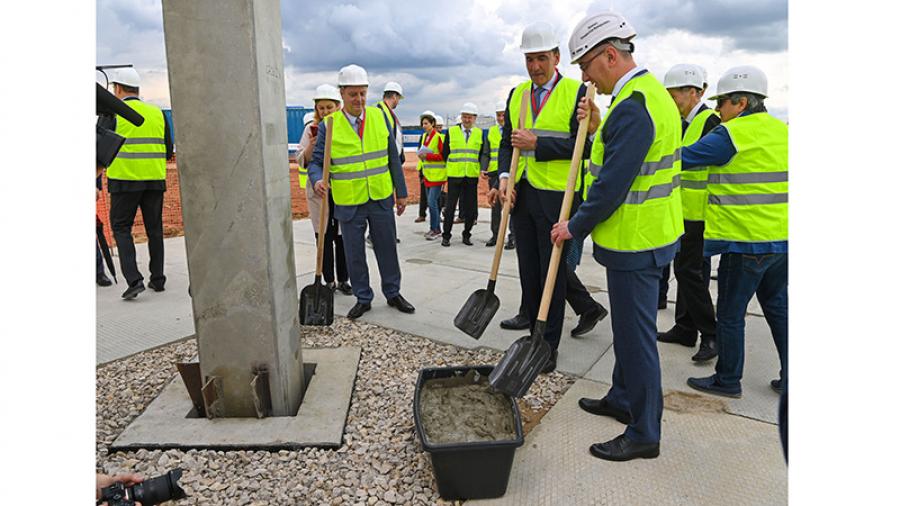 В понедельник неподалеку от Обнинска заложили первый камень в строительство завода «Ла Лоррен»