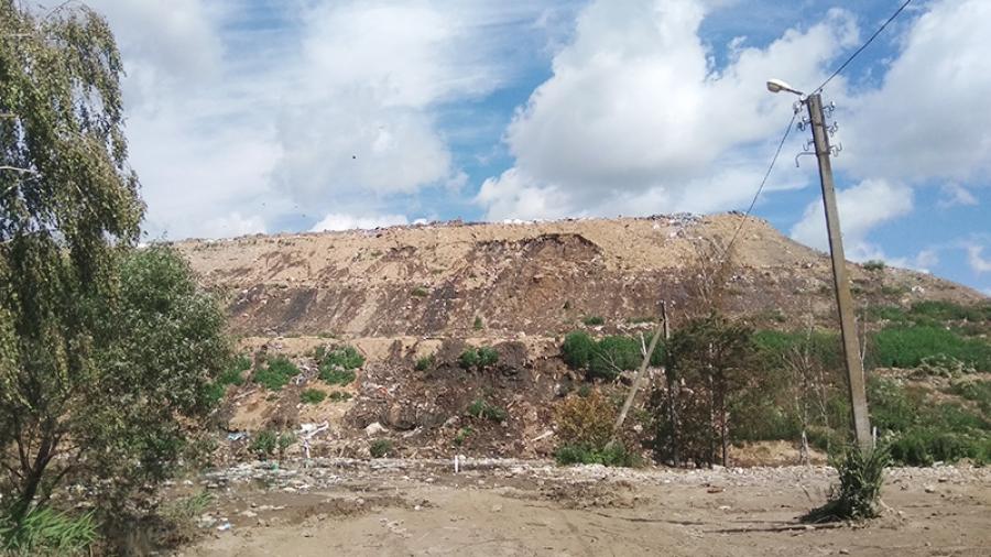 На тимашовском полигоне завершили противопожарную пересыпку землей