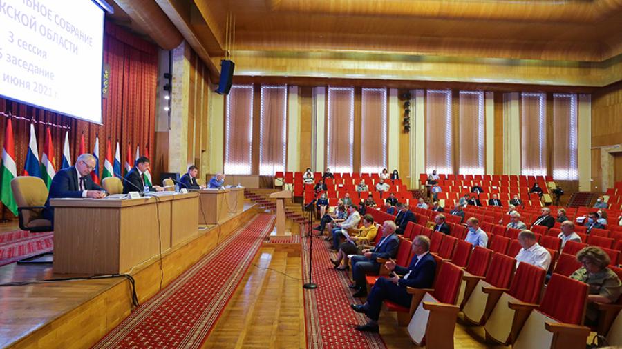 Геннадий Новосельцев рассказал о важнейших инициативах фракции «Единой России»в ЗакСе за последние полгода