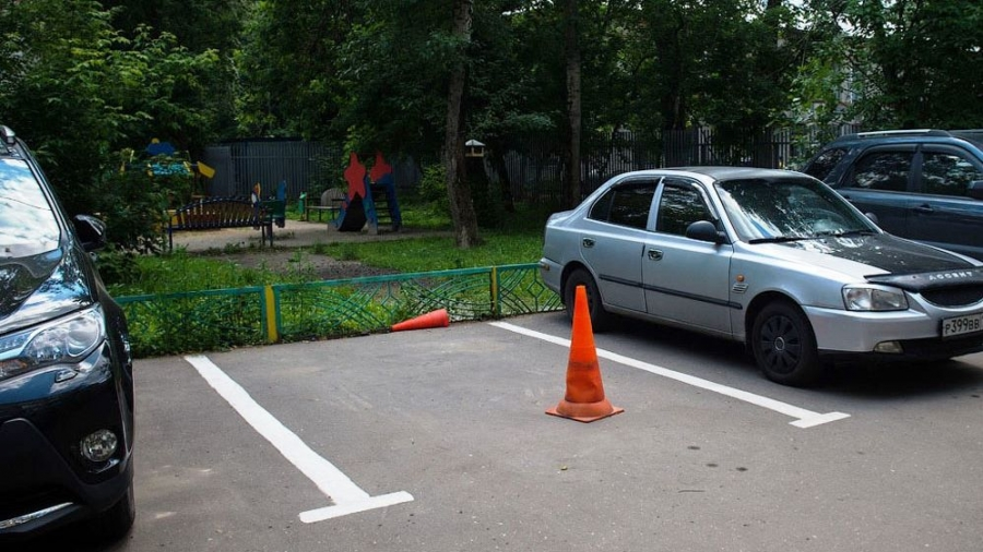 Размещение платных парковок в Обнинске отрегулируют законом