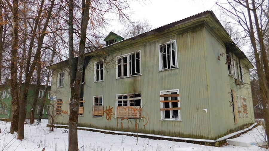 Обнинский дом на Парковой, 7, который сгорел почти год назад, сносить пока не планируют