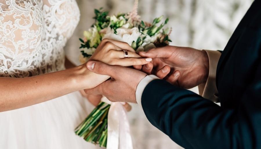 В День семьи, любви и верности в Обнинске женятся 9 пар