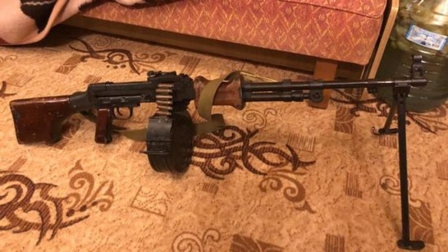 Дедушка в доме хранил пулемет