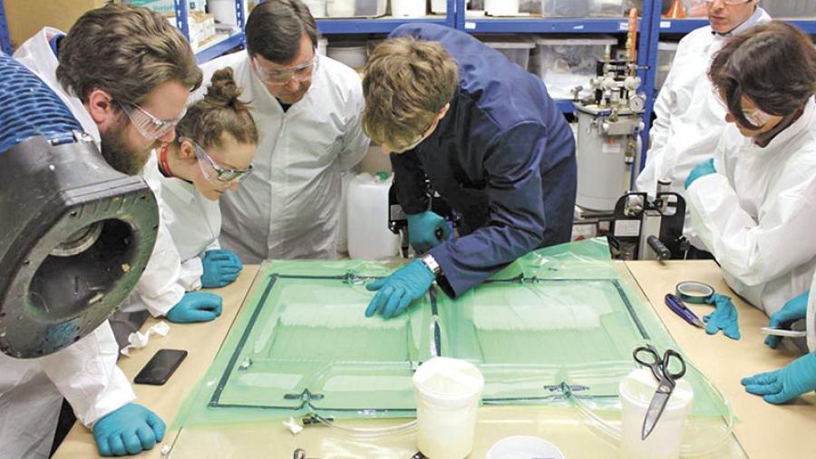 С 1 сентября ученики 4-й школы начнут изучать в распределенном детском технопарке «Академии Технолаб» композитные материалы