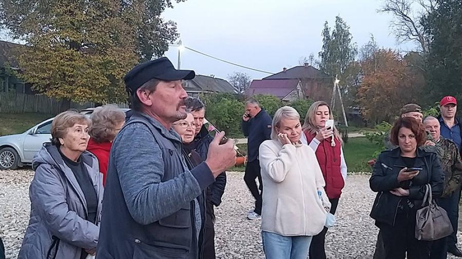В Боровском районе думают разделить разбитую тонарами дорогу пополам — для большегрузов и всех остальных