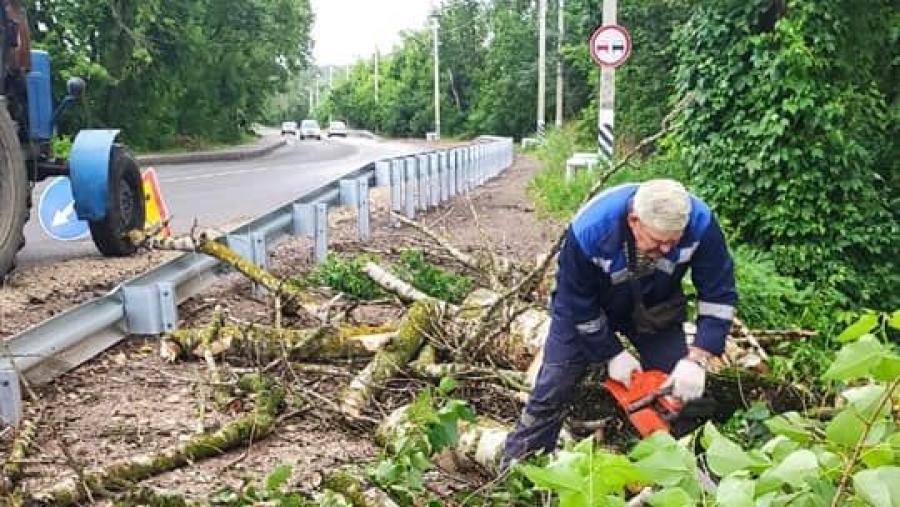 В Обнинске оперативно устранили последствия вчерашней грозы