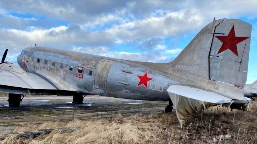 Калужские судебные приставы арестовали 2 самолета, принадлежащие должнику из Москвы