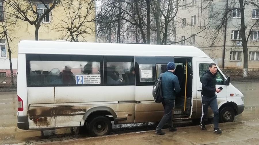 В мэрии заверили: через месяц буквально во всех маршрутках Обнинска станет возможной безналичная оплата
