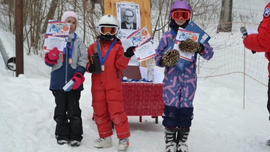 Обнинские горнолыжники провели главные старты сезона