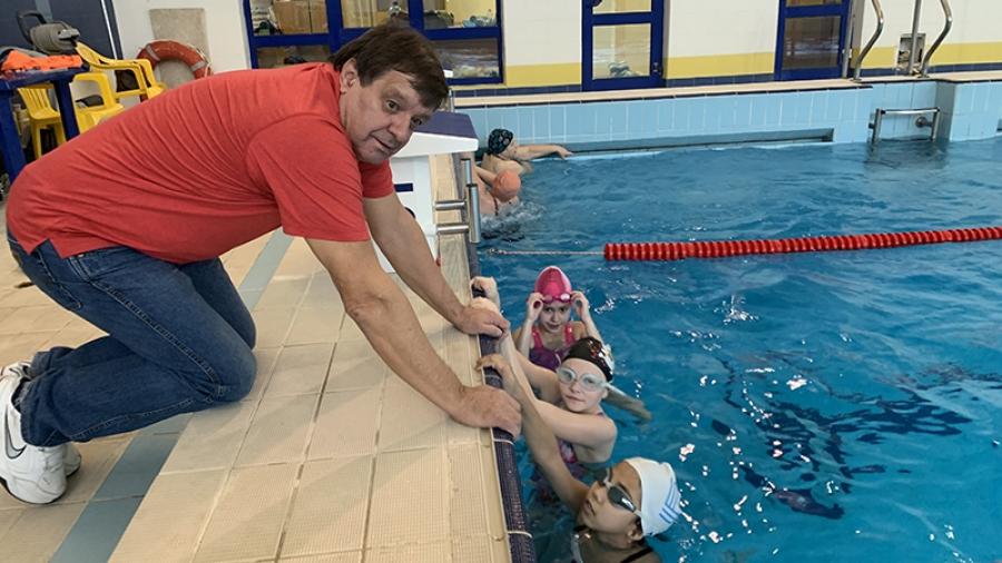 Воспитанники обнинского тренера Виктора Сараева готовятся к Чемпионату России по плаванию среди лиц с ограниченными возможностями