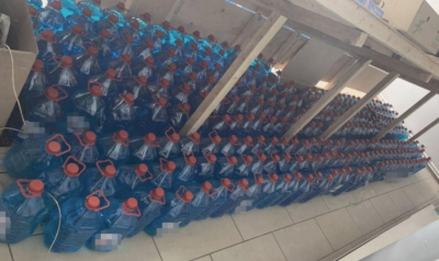 В Балабаново из магазина изъяли 2 тысячи литров контрафактной незамерзайки