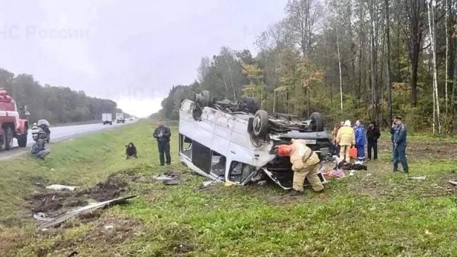 Четверым пострадавшим в утреннем ДТП на Варшавском шоссе потребовалась госпитализация в КБ №8