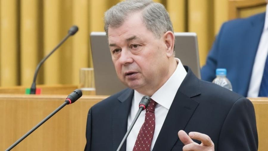 Владислав Шапша поздравил Анатолия Артамонова с избранием на пост Председателя Комитета Совета Федерации по бюджету и финансовым рынкам