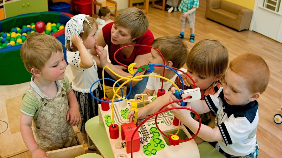 К концу 2021 года в регионе всех малышей от 1,5 до 3 лет устроят в детсады