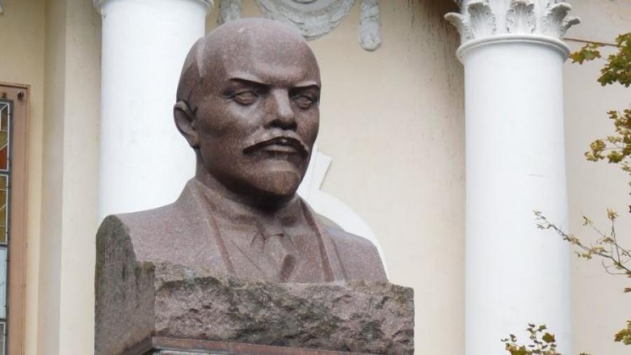 Мэр Обнинска Владислав Шапша распорядился отремонтировать памятник Ленину