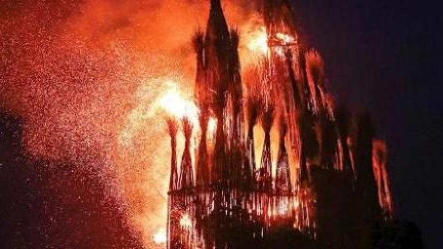 """Замок короны-людоеда"" сожгут"