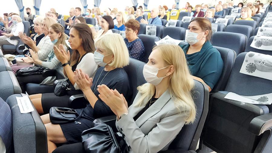 26 августа на традиционном августовском педсовете обсудили, как поднять еще выше планку обнинского образования