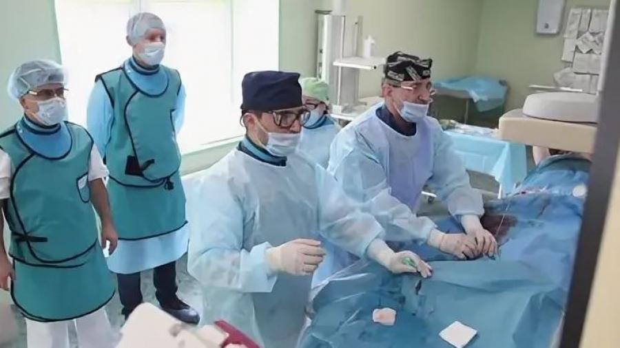 В МРНЦ рассказали, как чувствуют себя пациенты, которым провели уникальную для России операцию