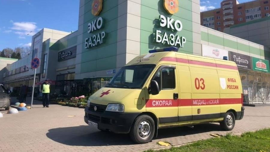 Владислав Шапша попросил минздрав найти способ подтянуть темпы вакцинации от ковида в разных районах области к лидерам