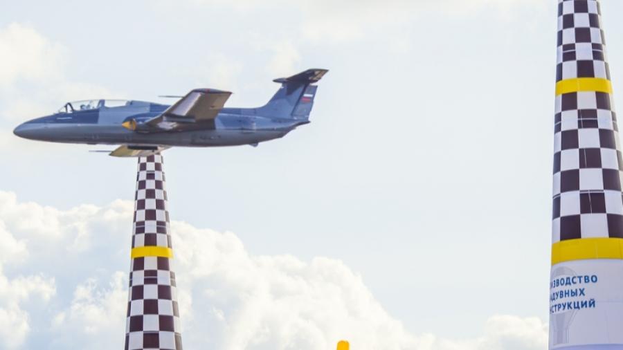 В Калужской области прошли первые в мире соревнования реактивных самолетов «Авиагонки-Формула-1»